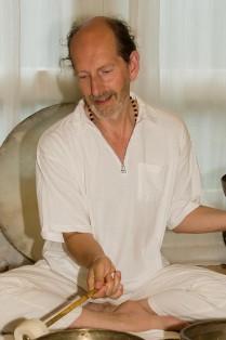 klankmeditatie_en_healing-yoganand