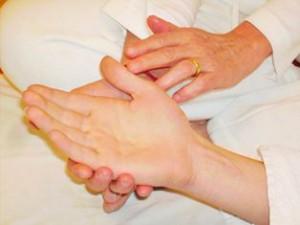 metamorfose-hand-massage